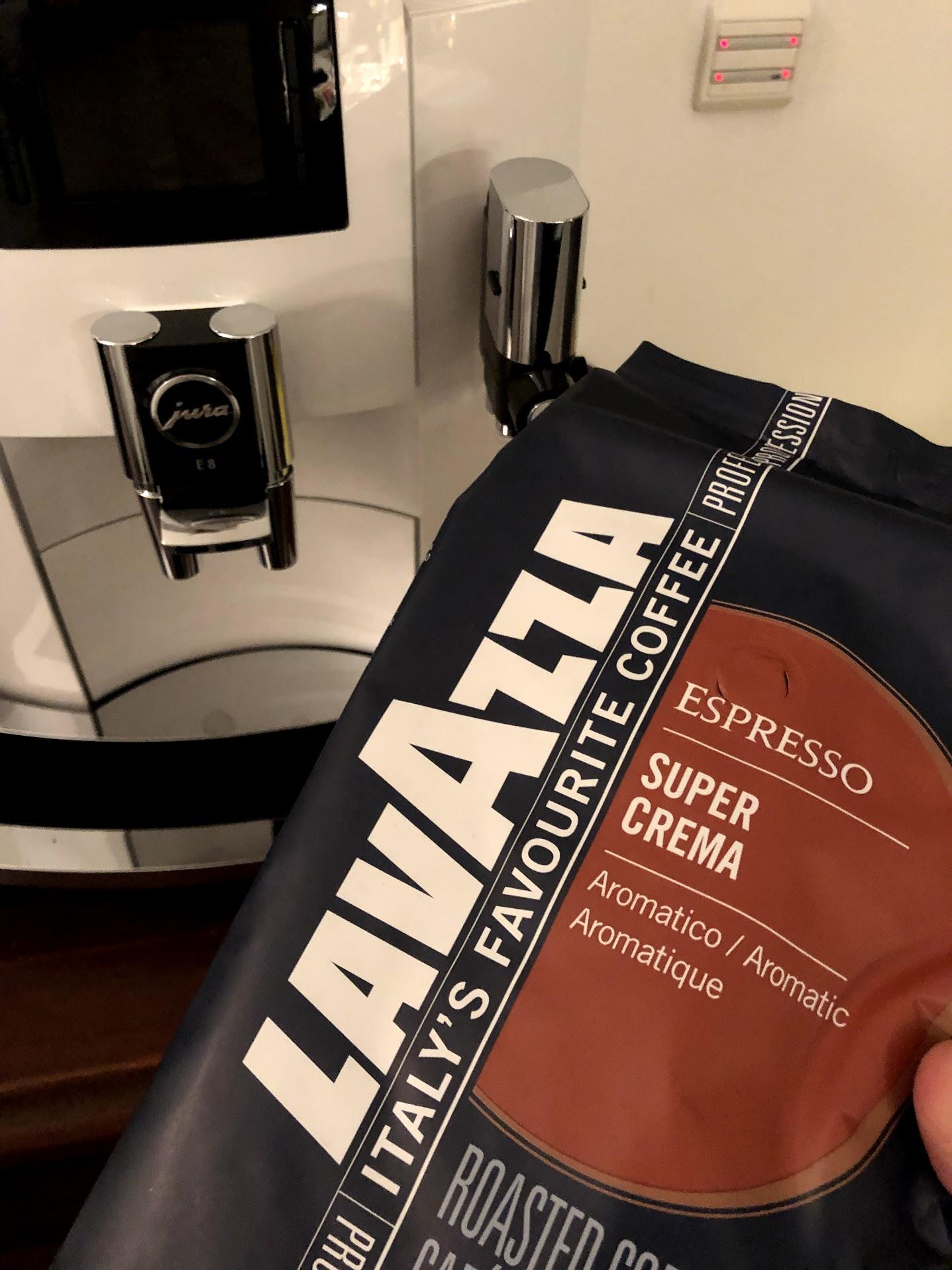 test af jura e8 automatisk espressomaskine anmeldelse Jura E80 fuldautomatisk kaffemaskine god crema er den god erfaring