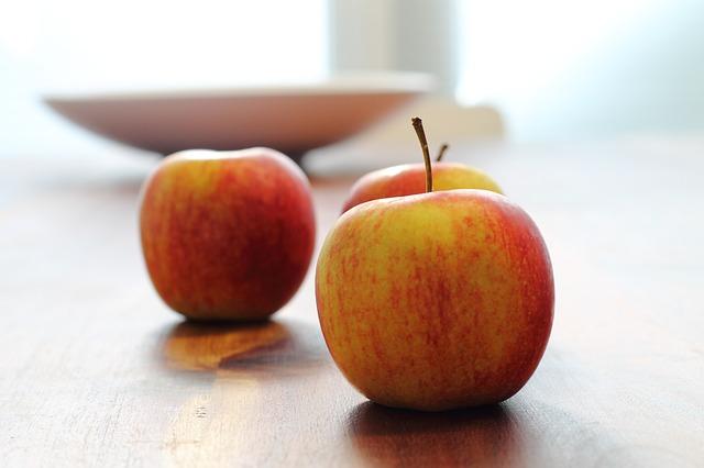 apple-338293_640