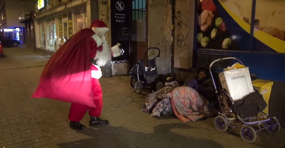 Why I Still Believe In Santa Claus Dr Linda