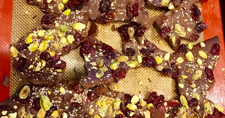 Holiday Hacks: Easy & Impressive Chocolate Bark