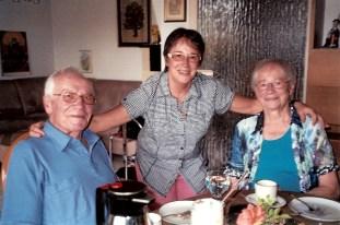 Gaby Harsch und Eltern0001