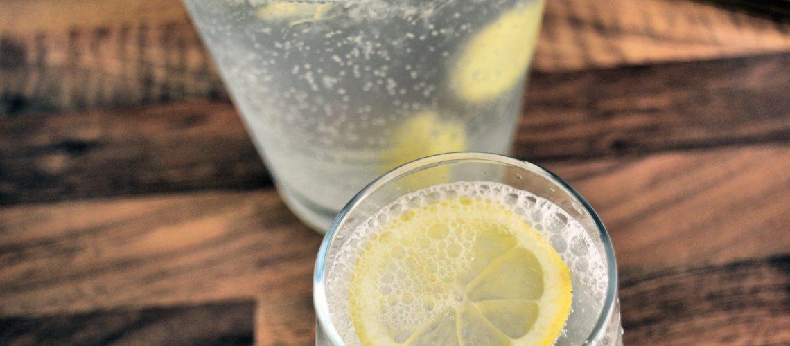 Woda z imbirem i cytryną