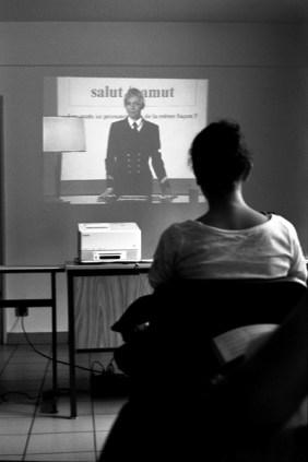 Chaque année, de 750 000 à 800 000 jeunes Français, scolarisés ou non, sont convoqués aux Journées défense et citoyenneté (JDC) © Virginie de Galzain