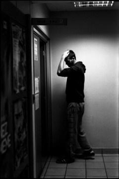 Chaque année, entre 35000 et 40000 jeunes Français âgés de 17 à 25 ans sont détectés en situation d'illettrisme à l'issue des JDC ©Virginie de Galzain