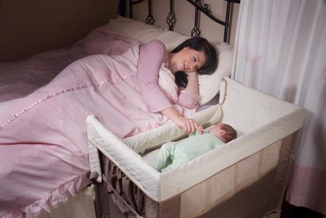 A quel moment bb doitil quitter la chambre des parents  Lavis des mamans  Drles de mums