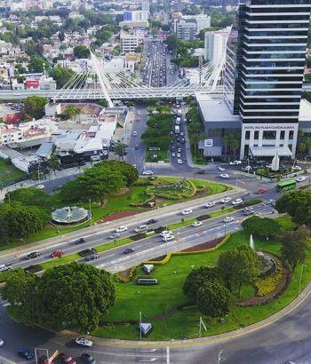 Glorieta de los caballos en Guadalajara