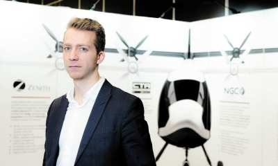 Mikaël Cardinal founded Zénith Altitude in January 2017. He is also a lecturer in engineering at the Université de Sherbrooke. In the background, the 100% electric plane that the Quebec SME wants to develop.