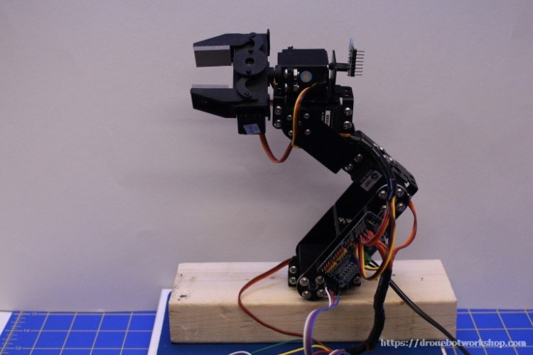 Build a Robot Arm and Controller | DroneBot Workshop