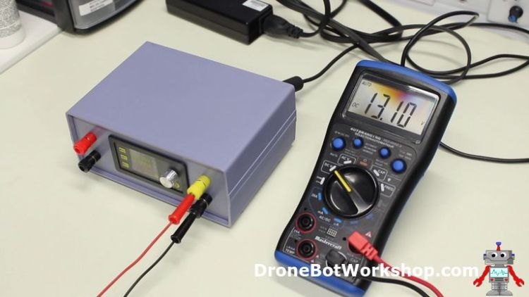 Power Supply Variable Voltage Output Test