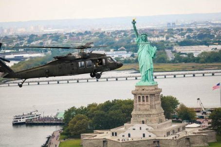 Black Hawk helicopter struck by drone over Staten Island NY 3