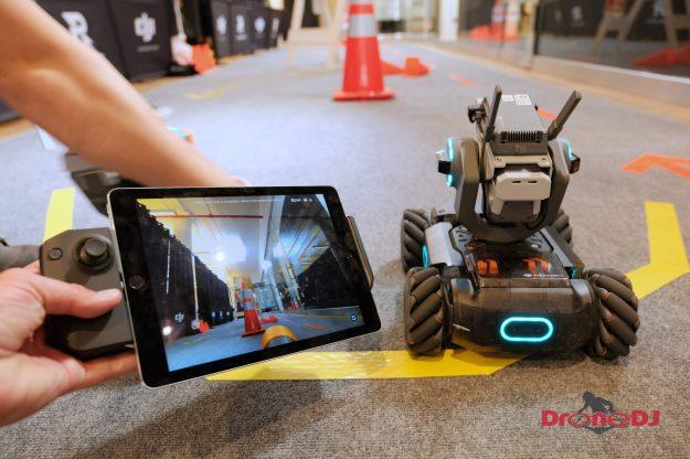 DJI RoboMaster S1 controller and iPad