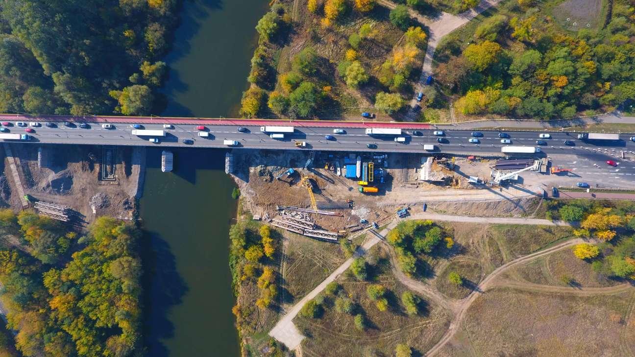 Budowa Mostu Lecha widok z góry