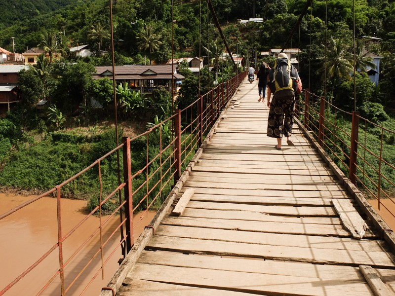 In Laos most guesthouses charge 8 euros for stuffy, sometimes mouldy rooms with TVs and mattresses wrapped in plastic. Muang Khua is one of the places where you can still find nice, comfy, airy wooden bungalows for 5 euros. You've got to dare to cross the hanging bridge though.