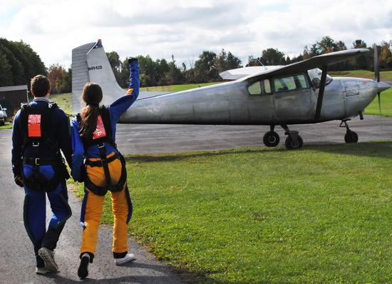Skydive Finger Lakes