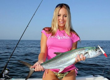 Fishing girls gallery