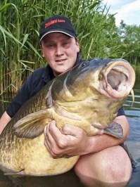 Record common carp 86lbs 8oz