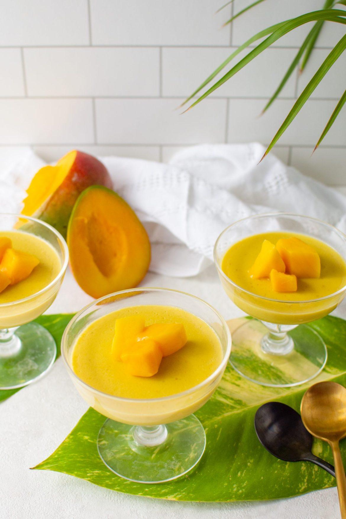 Mango panna cotta - Dr. Pingel