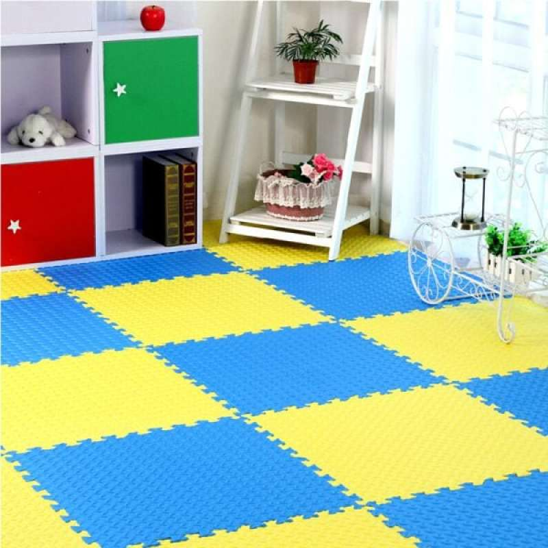 Puzzle floors for the kids room