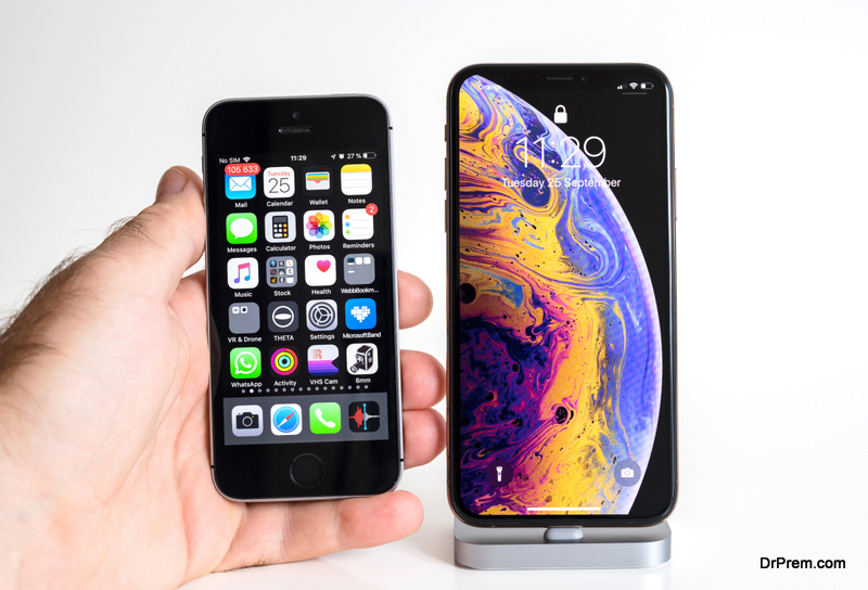 Apple iPhone Xs Max Gold Silver Smartphone