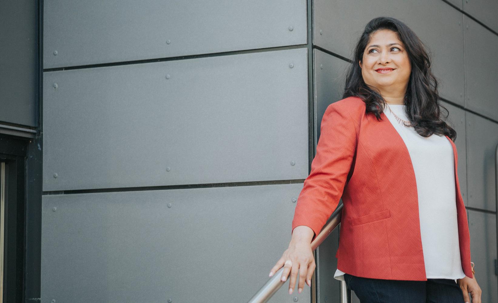 Dr Rozina