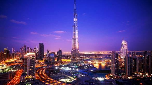 Skyline nocturno de Dubái