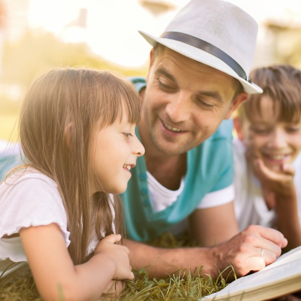 Family Therapy, Child & Adolescent Therapy, and Post Divorce Therapy for children, mothers, and fathers.