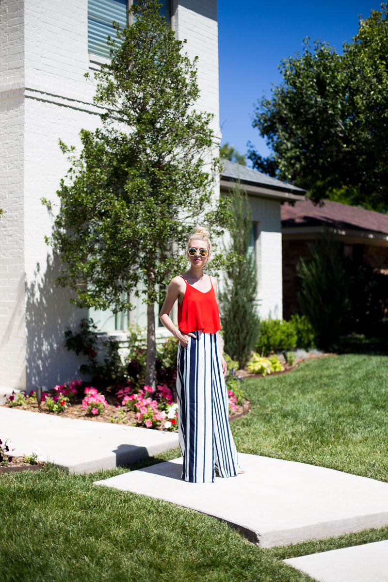 july 4th outfit - dallas mom blogger - red flowy top