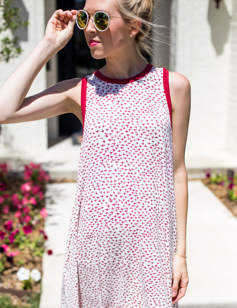 rayon sunglasses - red summer dress - amarillo type blogger