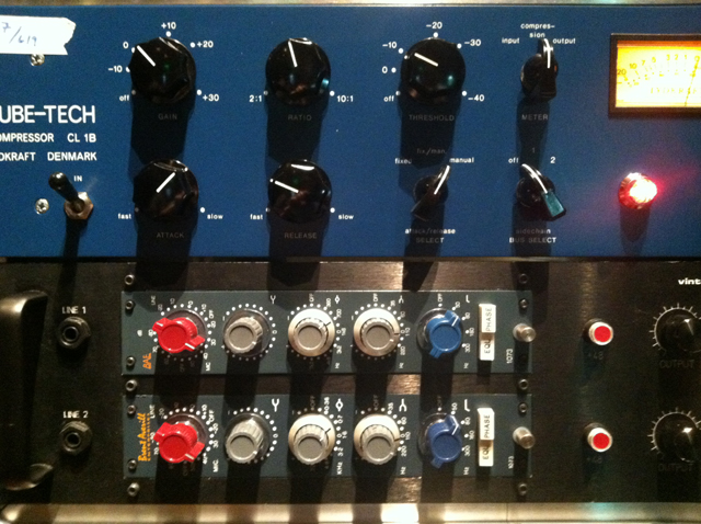 10. The Tube-Tech CL 1B compressor used on the session.