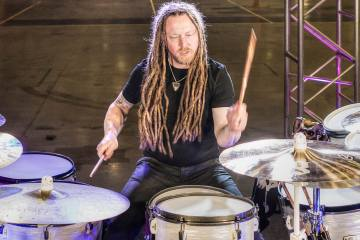 Shinedown drummer Barry Kerch