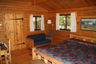 cabin cottage room rentals boy