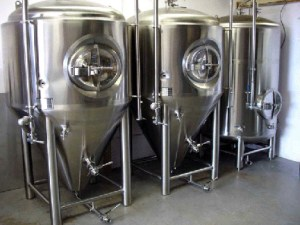 Stainless steel kettle and fermenter tanks