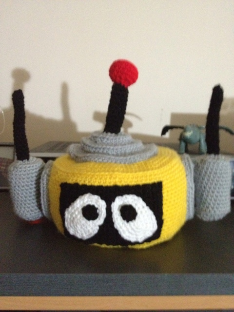 Crocheted plex head