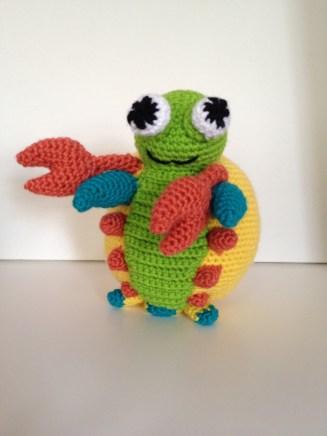 Crochet mantis shrimp pattern