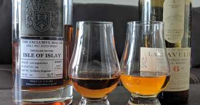Exclusive Malts Isle of Islay (left) and Lagavulin 16 (right). Darker color on the Exclusive Malts because of the pure sherry cask.