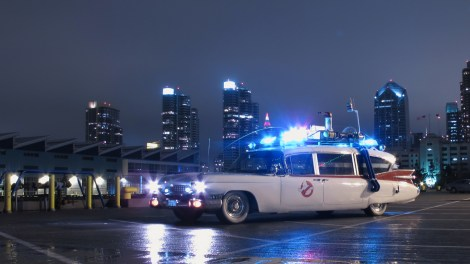 This is the sexiest picture I could find of the Ecto-1. Mmmm high resolution goodness