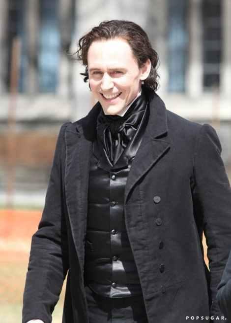 Tom-Hiddleston-Filming-Crimson-Peak-Pictures.jpg