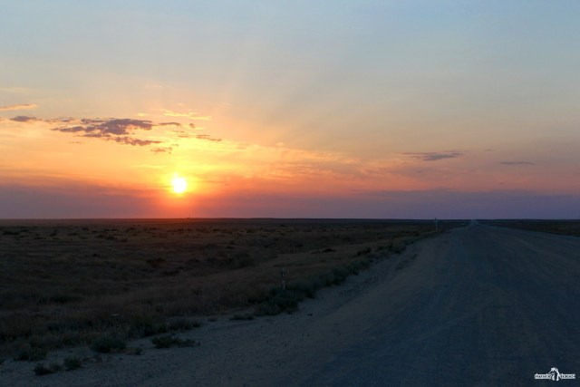 Казахстан. Дорога А-27. Атырау-Бейнеу.