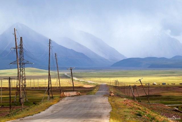 Киргизия. Памирский тракт после п. Сары-Таш