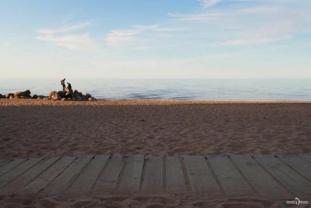 Дощатые дорожки на пляже