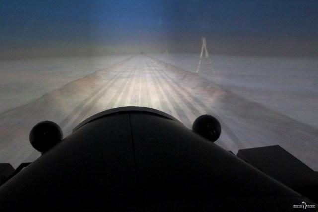 Едем по Ладожскому льду. Дорога жизни