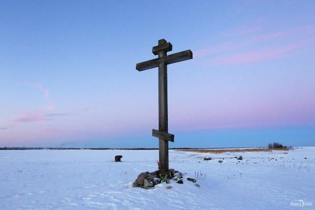 Шлюз № 19 Беломорканала. Беломорск. Поклонный крест