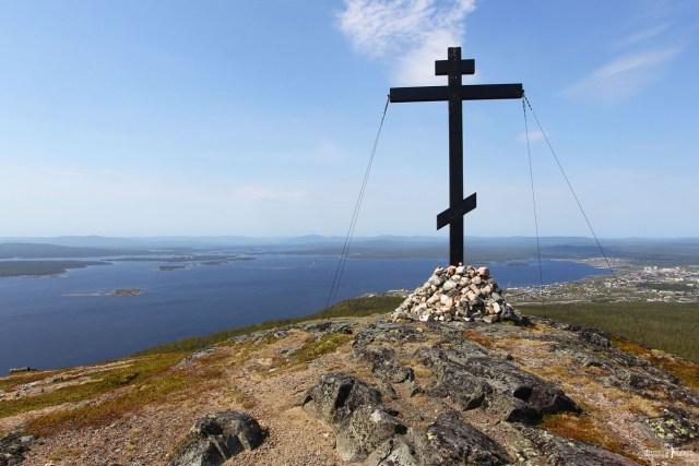 Кандалакша. Гора Крестовая. Поклонный крест