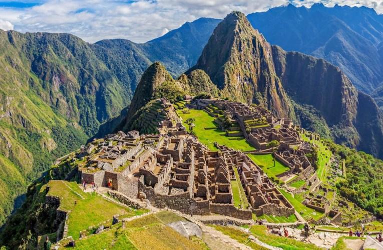 Machu Picchu: deslizamiento de piedras ocasiona daños a tren turístico
