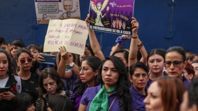Photo of Cada 2 horas y 29 minutos matan a una mujer en México. Feminicidio repuntó en 2020: datos oficiales