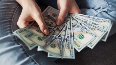 Photo of Remesas de abril caen en más de mil millones de dólares respecto a marzo, informa Banxico