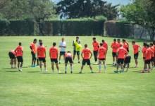 Photo of Dos jugadores y un integrante del staff del Mazatlán dan positivo a COVID-19