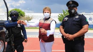 Photo of Con mejor equipamiento se fortalece la seguridad en Solidaridad: Laura Beristain