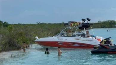 Photo of Embarcaciones privadas no respetan restricciones en Laguna de Bacalar