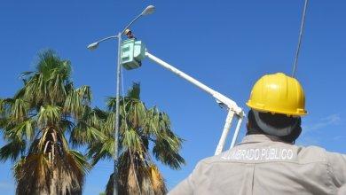 Photo of Continúa reparación y colocación de luminarias en Isla Mujeres